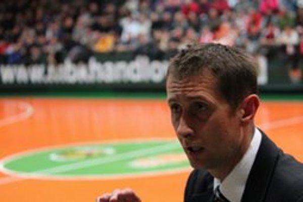 Ľudovít Smačko povedie v novej sezóne basketbalistov MBK Handlová.
