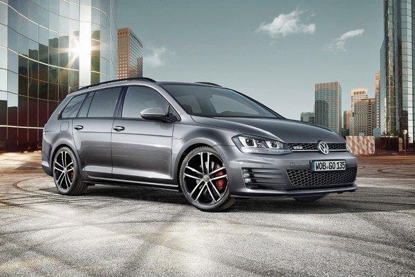 Kombi Volkswagen Golf GTD Variant. Na pohon nového športového kombi firmy Volkswagen slúži dvojlitrový turbodieselový motor výkonu 135 kW.