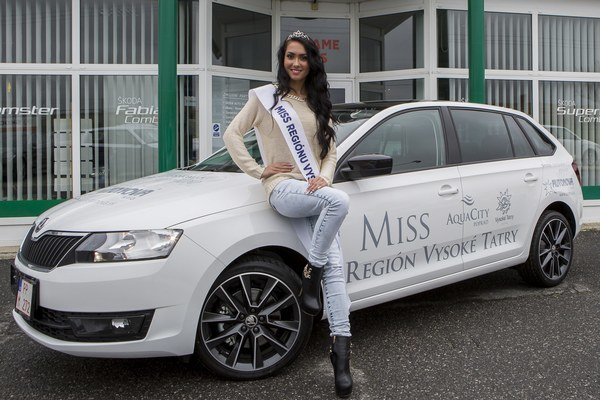 Dominika Rácová z Michaloviec je novou Miss regiónu Vysoké Tatry 2014.