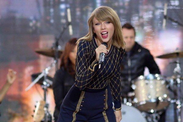 Nezadaná ale šťastná, Taylor nechce, aby o nej niekto mohol kecať, čo chce.