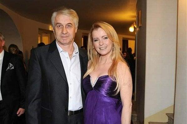 Iveta s manželom.