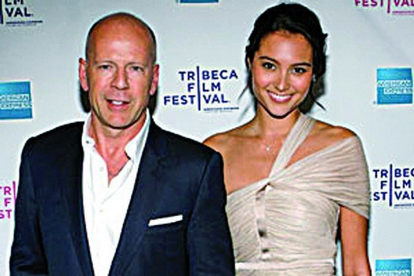 Bruce Willis a Emma Heming-Willis.