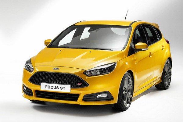 Nový Ford Focus ST. Po prvý raz v histórii je pre Focus ST k dispozícii aj vznetový motor, ktorého maximálny výkon je 136 kW.