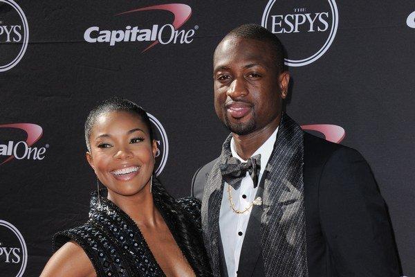 Americká herečka a bývalá modelka Gabrielle Union sa zasnúbila s profesionálnym basketbalistom Dwyanom Wadeom.