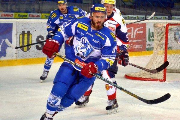 Adam Lapšanský strelil úvodný gól zápasu.