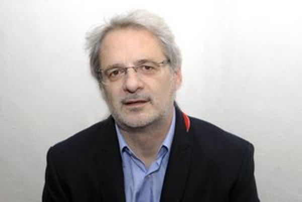 Komentátor a novinár Marián Leško.