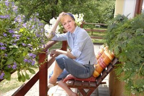 Dana Košická. Bývanie v dome (dočasne) vymenila za podkrovný byt v meste.