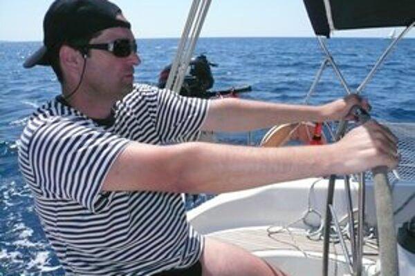 Jachting je jeho vášňou už pekných pár rokov.