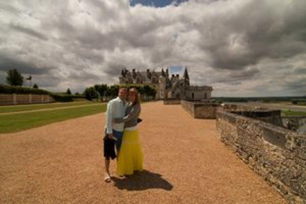 Marcel Buntaj s priateľkou Lenkou. Pár dní v Bretónsku by chcel doplniť aj dlhšou dovolenkou.