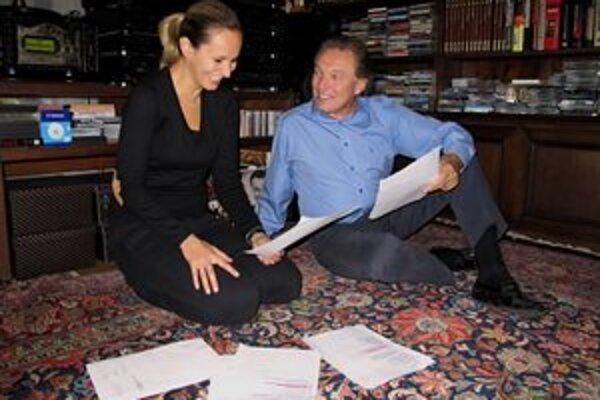 Dobre pripravení. S Monikou Absolonovou skúšali dueto Můj ideál poctivo, aj v domácom prostredí.