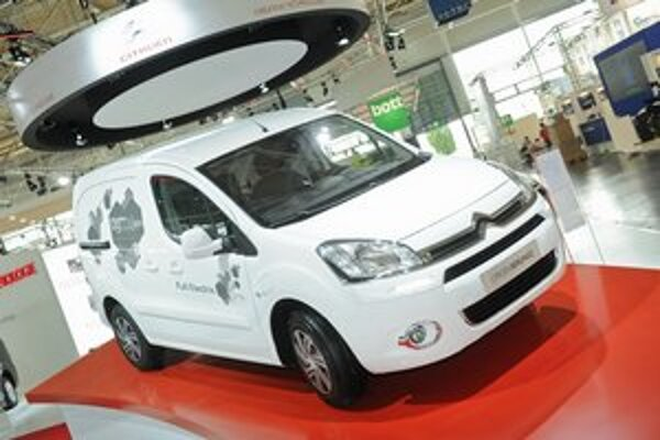 Dodávka Citroën Berlingo Electrique. Na pohon tohto dodávkového elektromobilu slúži elektromotor výkonu 49 kW.