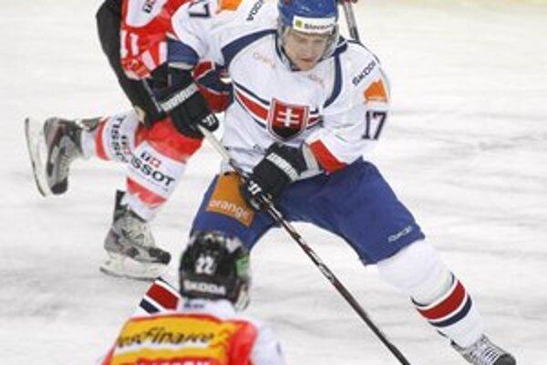 Vladimír Dravecký. V reprezentácii strelil gól a na ďalší prihral.