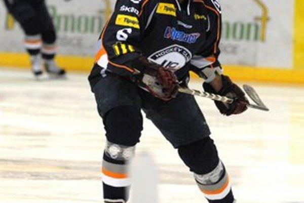 Marek Kolba. V tejto sezóne nazbieral obranca HC Košice 18 kanadských bodov.