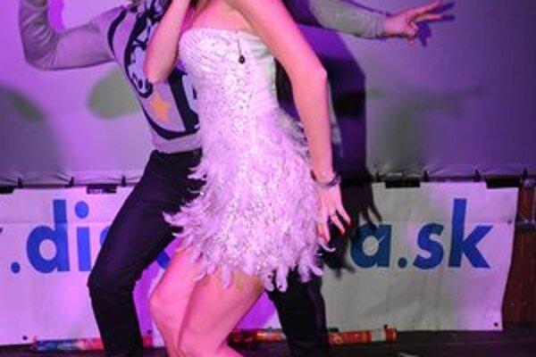 Andrea Verešová. Jej tanečné kreácie rozpálili hostí.