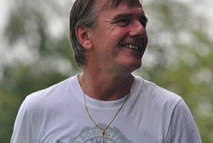 Tréner Barce Karol Kisel. Po zápase v Michalovciach mal dôvod na úsmev.