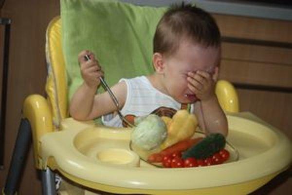 Jedlom nesmieme deti obťažovať.