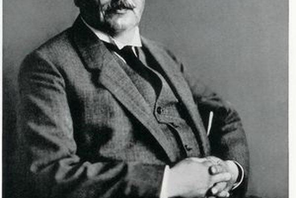 Alois Alzheimer. Ako prvý opísal syndrómy choroby, neskôr pomenovanej po ňom.