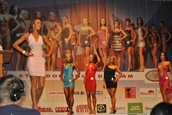 Na prvej súťaži skončila Janka Cifrová (vľavo) štvrtá.