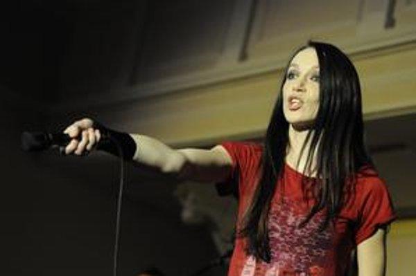 Zuzana Smatanová je nositeľka množstva ocenení ako Zlatý Slávik, Aurel a OTO.