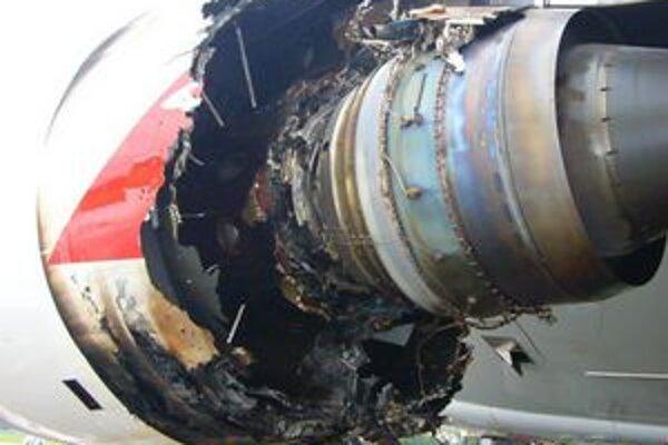 Zničený motor Trent 900. Jeho nevyhnutné úpravy stáli Rolls-Royce okolo 65 miliónov eur.
