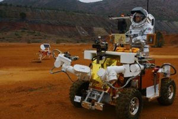 Prototyp rovera Eurobot. Rover bol testovaný v oblasti rieky Rio Tinto, ktorá pripomína povrch Marsu.