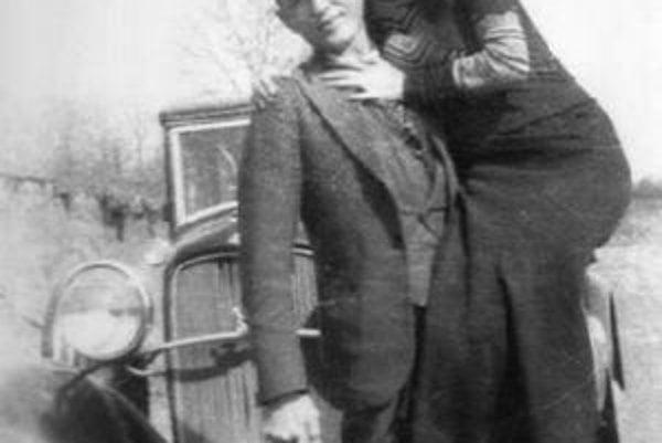 Milenecká dvojica Bonnie a Clyde.