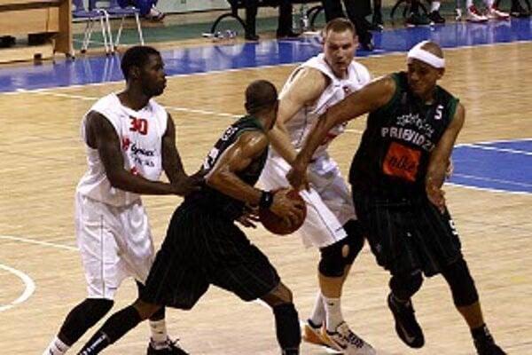 V poslednej štvrtine sa hráčom BC Prievidza nepodarilo zápas zdramatizovať.