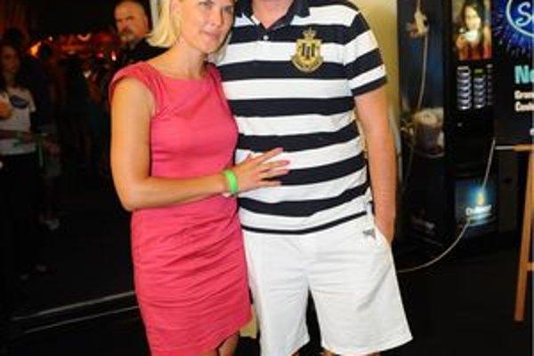 """Libor Bouček s manželkou. Tento rok ide objavovať """"perlu Havaja"""", ostrov Maui."""