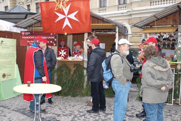 Aj tento rok bude vo Vianočnom mestečku stánok s maltézskou zástavou.