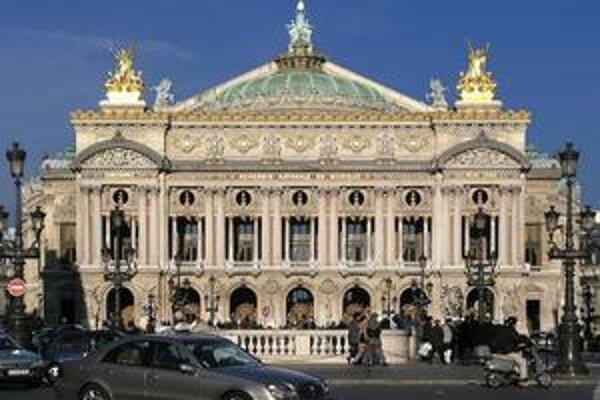Garnierov palác. Budova parížskej opery dostala meno po svojom architektovi Charlesovi Garnierovi.