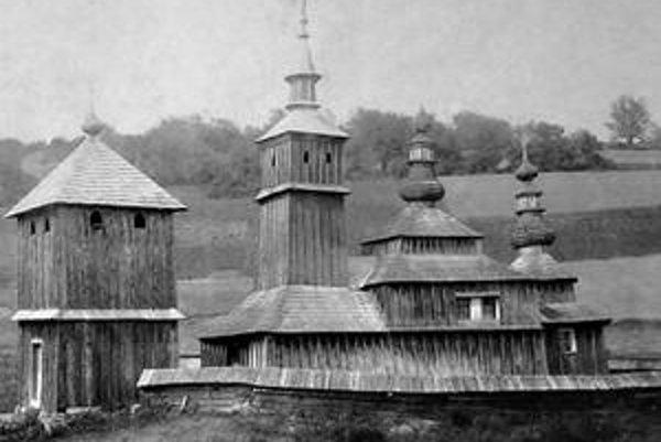 Zaniknutý chrám v Hutke. Celkový pohľad na areál v r. 1904.