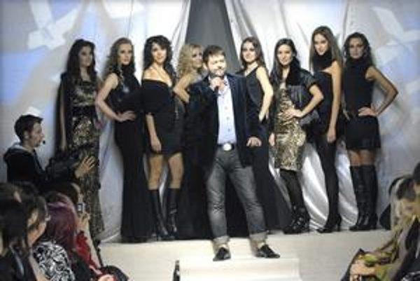 Ovynikajúcu zábavu sa počas šou postaral iúžasný moderátor Michal Hudák.