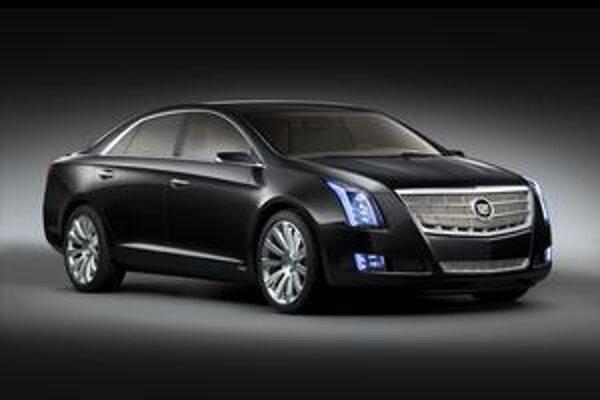 Štúdia Cadillac XTS Platinum. Vozidlo má premiéru na terajšom autosalóne v Detroite.