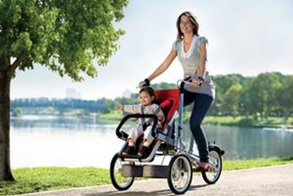 Unikátny bicykel Taga. Bicykel možno za 20 sekúnd premeniť na športový kočík.