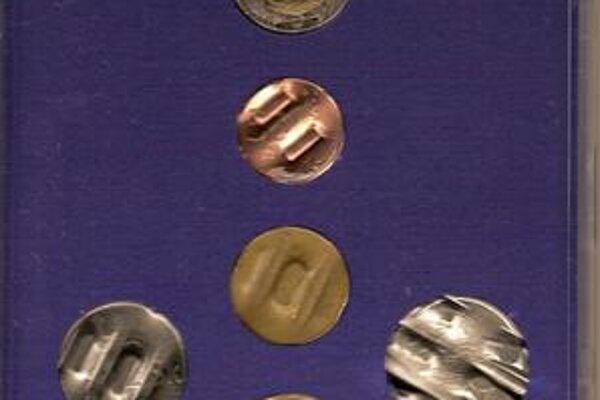 Zničené. Aj takéto mince patria do zbierky.