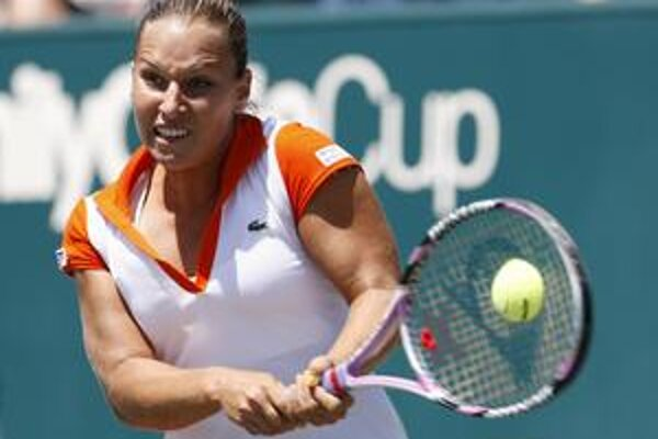 Bojovali. Naše tenistky napokon drámu vo Francúzsku prehrali, sklamaná bola aj Dominika Cibulková.