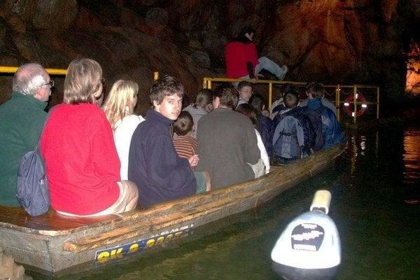 Plavba podzemím Domice.