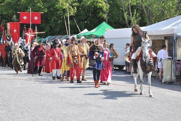 Krásnohorské hradné dni tradične približujú históriu.