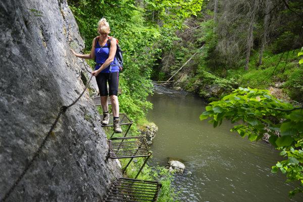 Turisti v Slovenskom raji vyhľadávajú najmä rokliny.