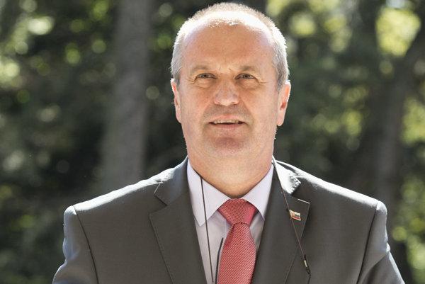 Peter Gajdoš.