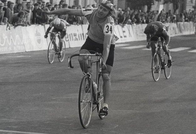 Na pretekoch Okolo Slovenska štartoval sedemnásťkrát.
