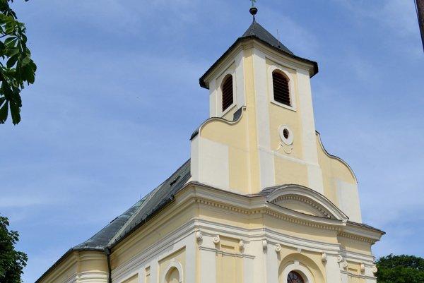 Púť k Madone Žitného ostrova vyvrcholí cez víkend. Každý deň bude v miestnom kostole duchovný program.