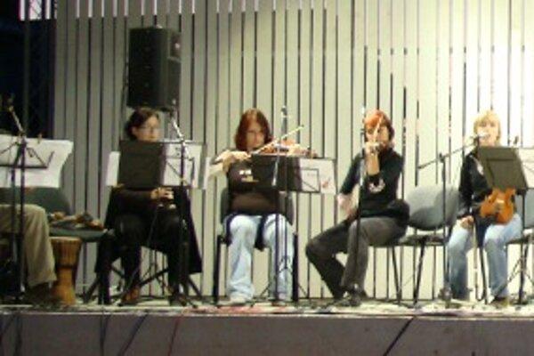 Koncert sa bude konať v amfiteátri v centre Kamenca.