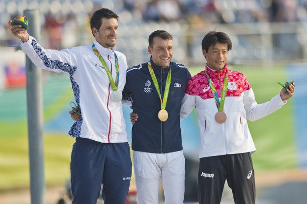 Mateja Beňuša zdolal len Denis Gargaud Chanut (v strede). Tretí skončil Japonec Takuya Haneda.