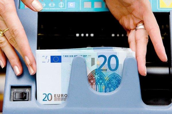 Falošné 20-eurovky sa objavili aj vnašom regióne.