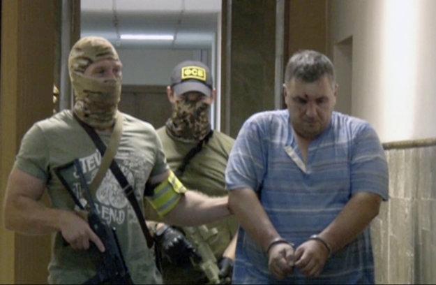 Na snímke je muž, ktorého ruská FSB identifikovala ako Jevgenija Panova a označila ho za ukrajinského sabotéra.