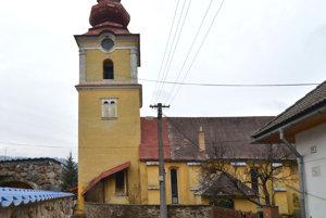 Kostol vo Vyšnej Slanej. Odborníci datujú jeho pôvod do 15. storočia.