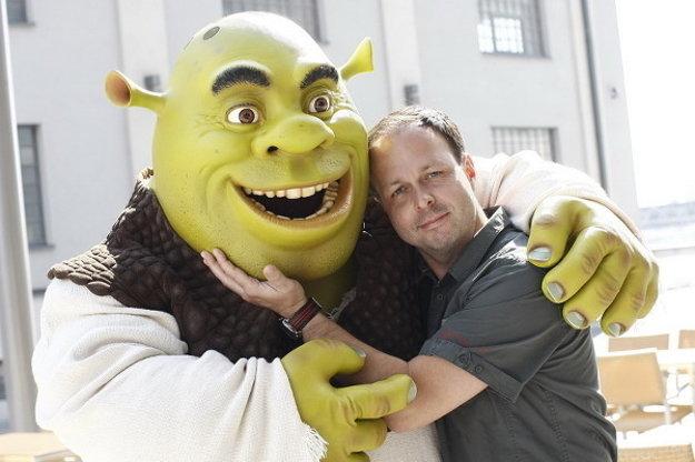 Shrekovi prepožičal hlas. Okrem neho má na konte desiatky ďalších postáv.
