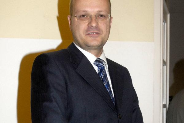 Igor Petrovčík. Staromestský poslanec opustil Sieť medzi prvými a neľutuje to.