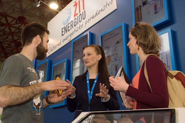 Pre tých, ktorí nemôžu prísť na veľtrh, sú konzultanti SIEA k dispozícii v poradenských centrách ŽIŤ ENERGIOU v Trenčíne, Banskej Bystrici a v Košiciach.